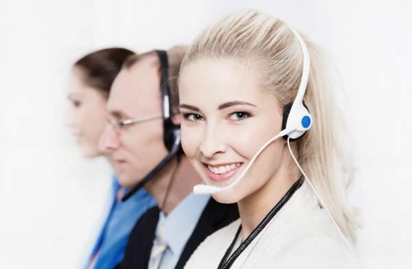Viele Versandhaendler verfuegen ueber eine Kundenhotline