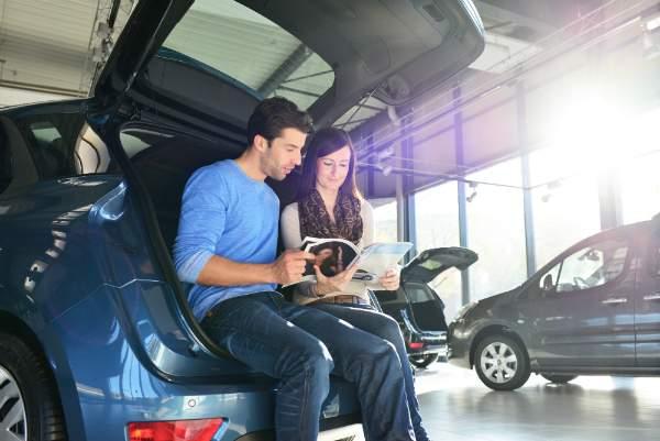 Kaufinteresse fuer Autos wecken und bestaerken